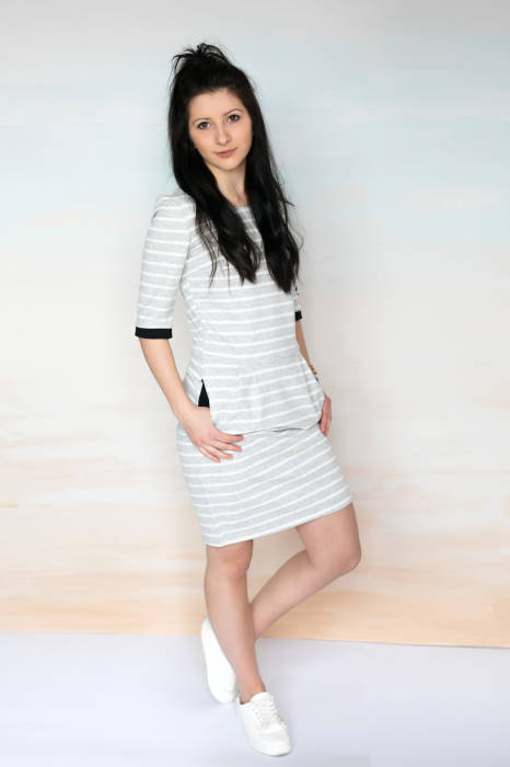WOMEN DRESS / GRAY STRIPES