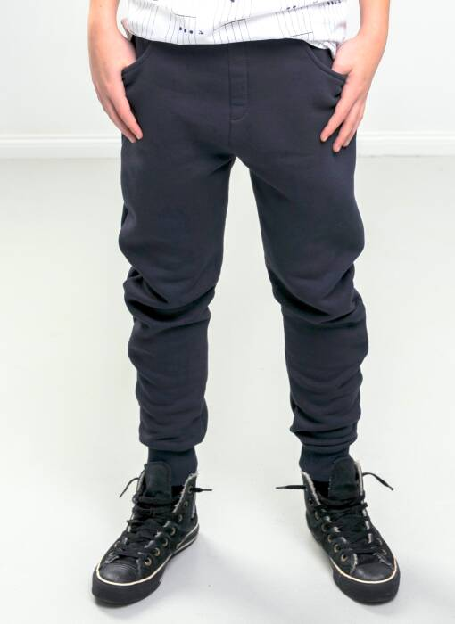 18-136 / TROUSERS winter / dark blue