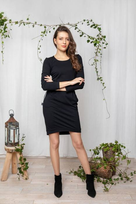 19-148 WOMAN DRESS /  black