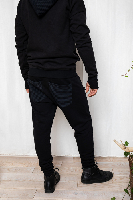 19-161 MAN TROUSERS / black