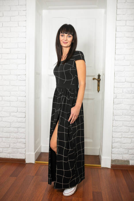 19-063 BLACK MAXI DRESS / WOMAN