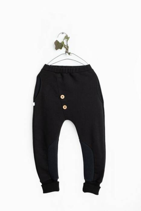 19-133 TROUSERS / buttons black