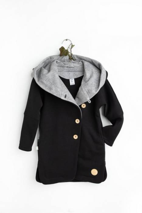 19-105 COAT SECRET MONK / black
